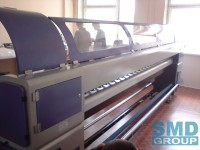 Large-format solvent printer